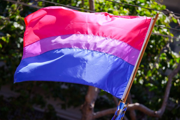 Poll: Around 10 Percent of Britain's Generation Z Identify as bisexuals