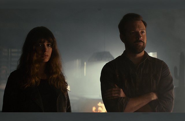 "Anne Hathaway and Jason Sudeikis have ""Colossal"" problems. (Neon)"