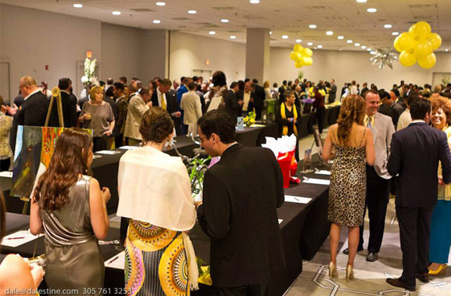 Chamber Chat: Networking Galore at 'The Topaz Gala'