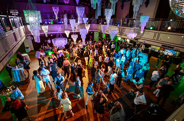 Stonewall Ball Raises $30,000