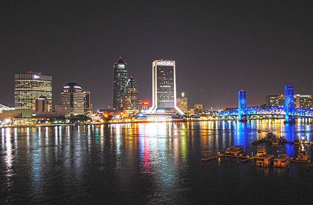 Jacksonville Passes Historic LGBT Ordinance