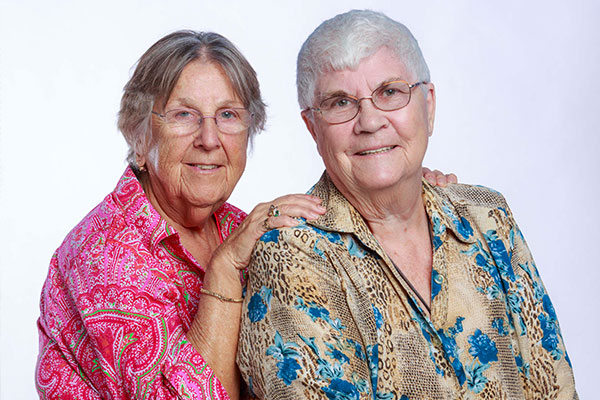 Connie Kurtz, Part of First Lesbian Couple to Win Lawsuit for Domestic Partnership Benefits, Dies at 83