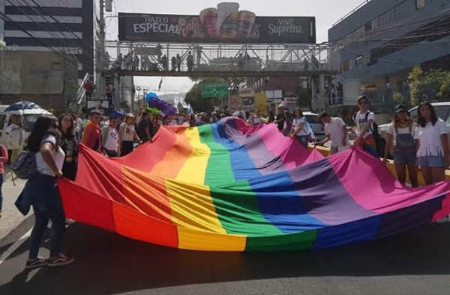 More than 12,000 people attend El Salvador Pride march