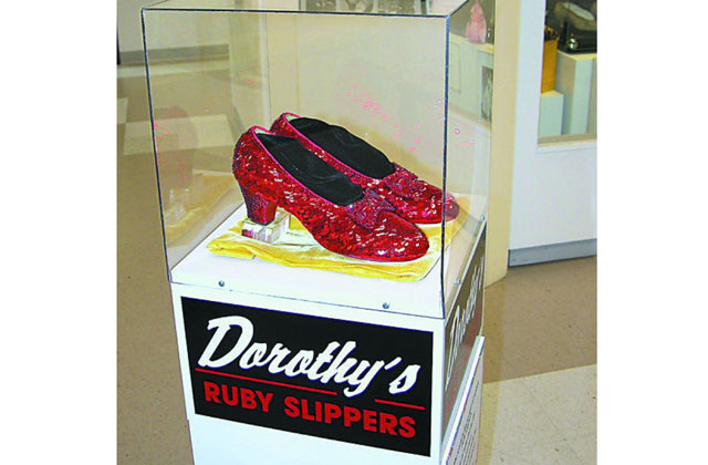 25865a3fe74 Stolen 'Wizard of Oz' Ruby Slippers Found 13 Years Later | National ...