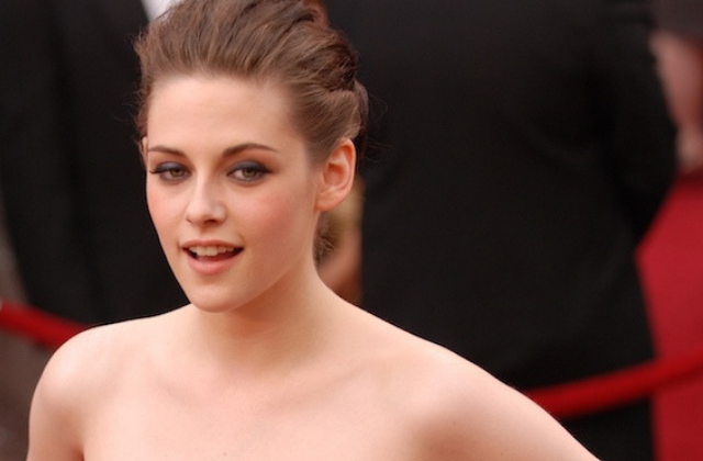 Kristen Stewart Says She Was Advised to Hide Her Sexuality For Her Career