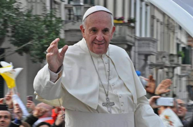 Pope Francis Meets With Pro-LGBT Priest