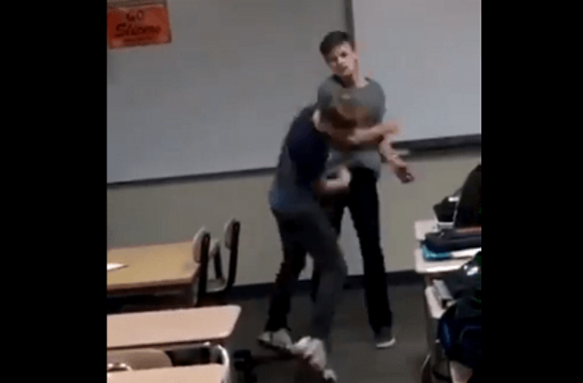 Bullied Gay Teen Fights Back, Goes Viral