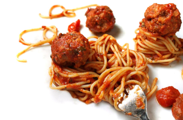 SPAGHETTI & MEATBALLS : NOT Made in Italy