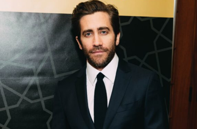Gyllenhall To Produce and Star in Film Version of 'Fun Home'