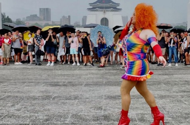 Taiwan Celebrates LGBT Pride with Parade