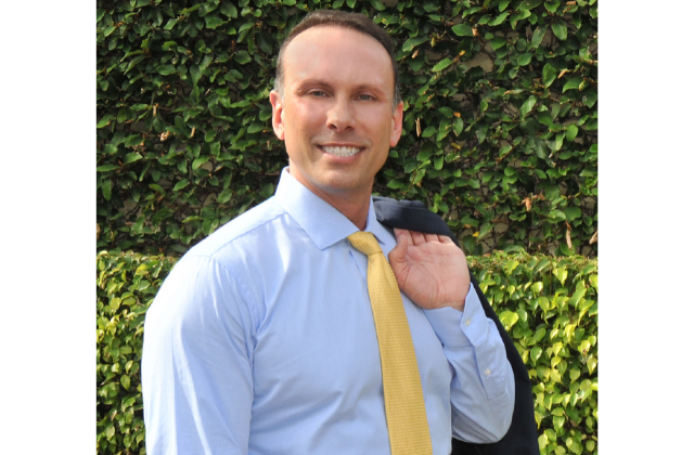 A Q&A With Mike Bracchi – Candidate for Wilton Manors City Commission