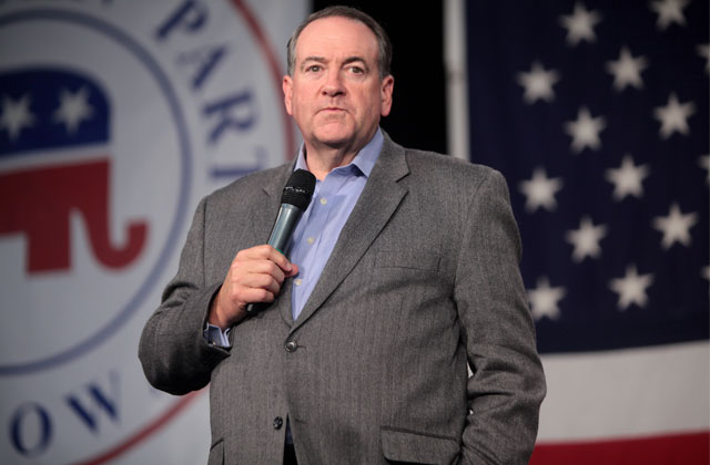 Mike Huckabee Pays $25,500 for Kim Davis Rally Song