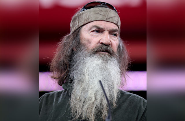 'Duck Dynasty' Star Back Blasting LGBT Rights Again