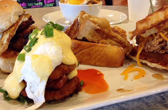 Rick's Reviews: The Brunch Bunch