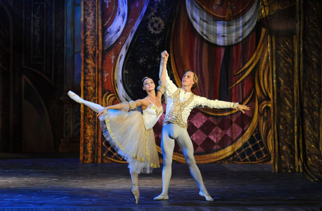 SFGNites: 'Cinderella,' New Years Eve Events & More!