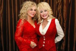 Dolly Parton and Sister Stella Head Out on Tour
