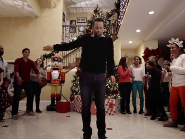 Kirk Cameron 'Kicks Ass' to Save Christmas