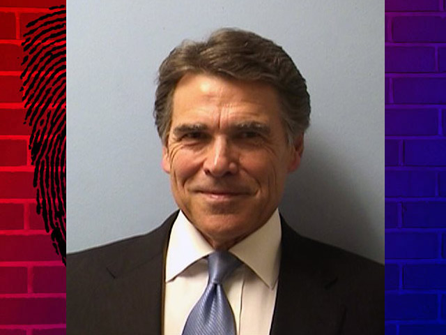 Texas' Perry Smiles for Mug Shot, Gets Ice Cream