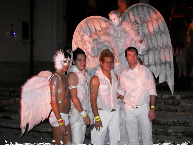 White Party 2014 America S Largest Circuit Party Returns To