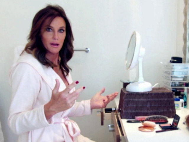Caitlyn Jenner Gets Bipartisan Support