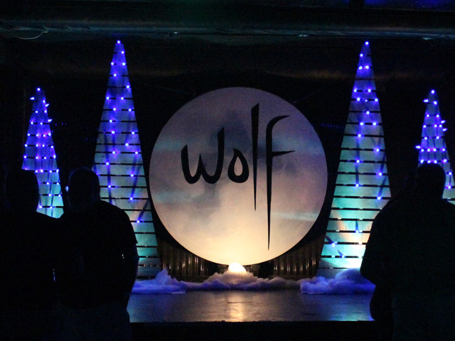 Wolf Bar Opens to Large Crowd